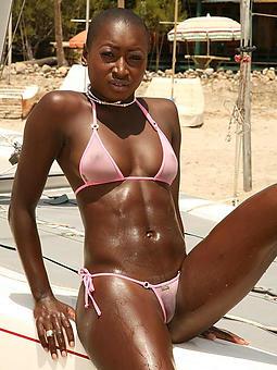 ebony bikini stripping