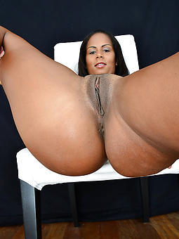 beautiful shaved black pussy pics