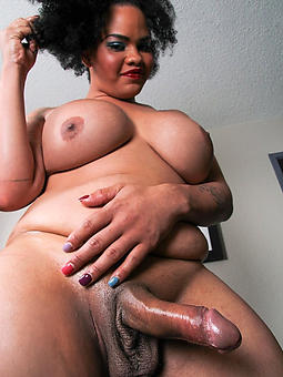 ebony shemale porn pictures