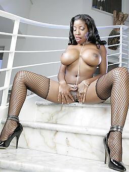 glowering nude models amature porn
