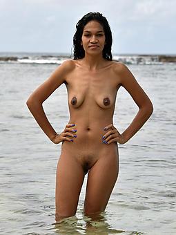 saggy black tits porno pics
