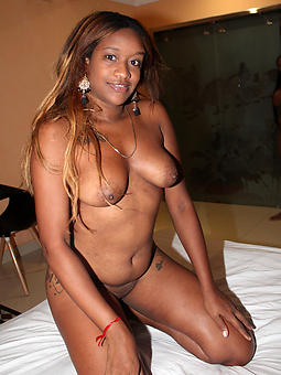 free pictures of ebony unartificial tits