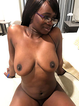 ebony unassuming tits free porn
