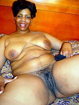 naked mature black women porn pic