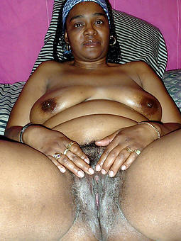 curvy mature naked black women