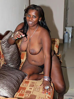 down in the mouth mature ebony amateur porn pics