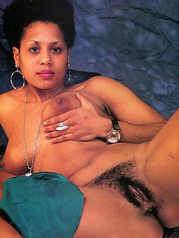 curvy vintage baneful nude pics