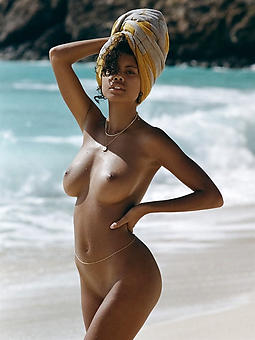 beautiful swart women stripping