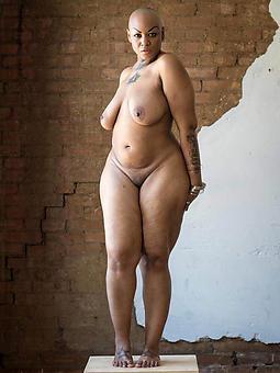 interesting nude ebony babes photos