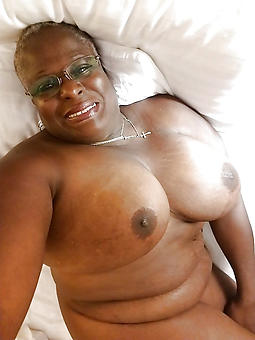 granny ebony amature porn