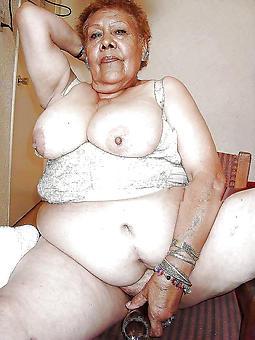ebony mature granny hot porn pics