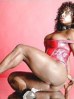 pictures of black muscle pussy