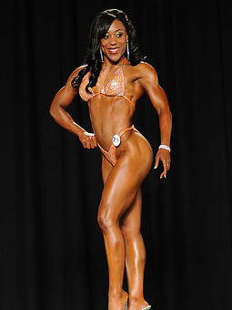 ebony muscle amature porn