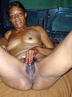 hot ebony moms amature porn