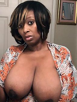 gorgeous ebony mature mom