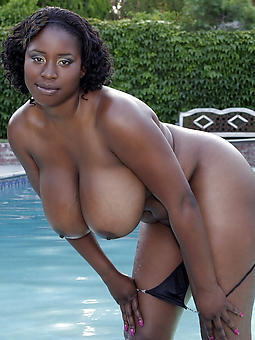 xxx ebony mature mom pics