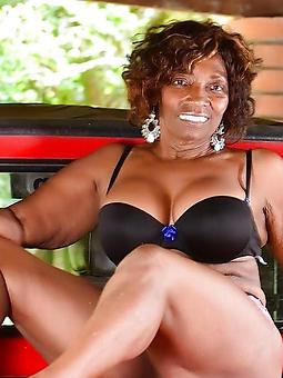 aged ebony pussy xxx pics