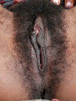 huge black cunt sex pictures