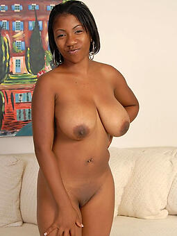 porn pictures of busty ebony milf