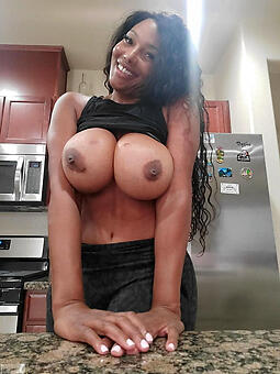 ebony layman milf free nude pics
