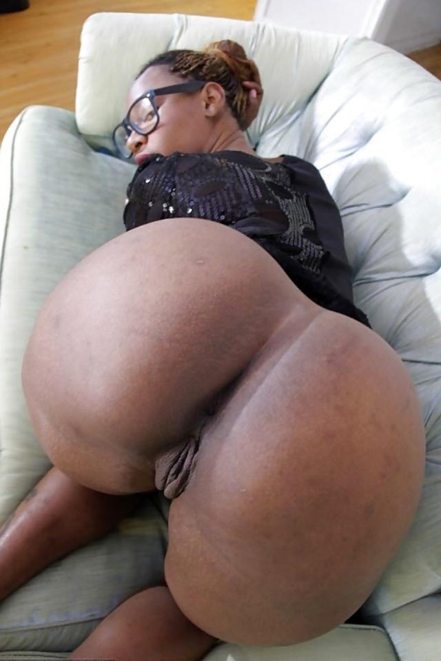 perfect ebony booty pics