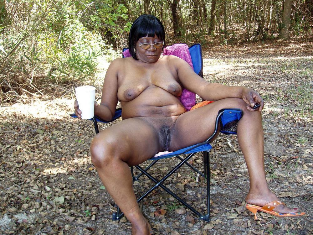 leafless black grannies porn pic