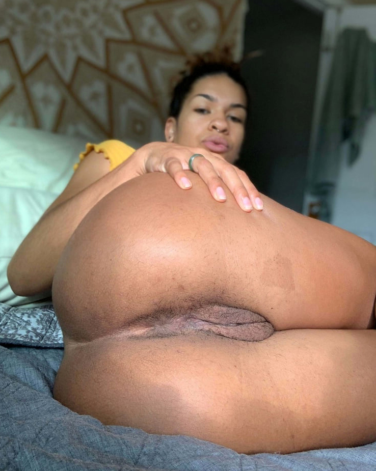 spectacular ebon pussy be in love with